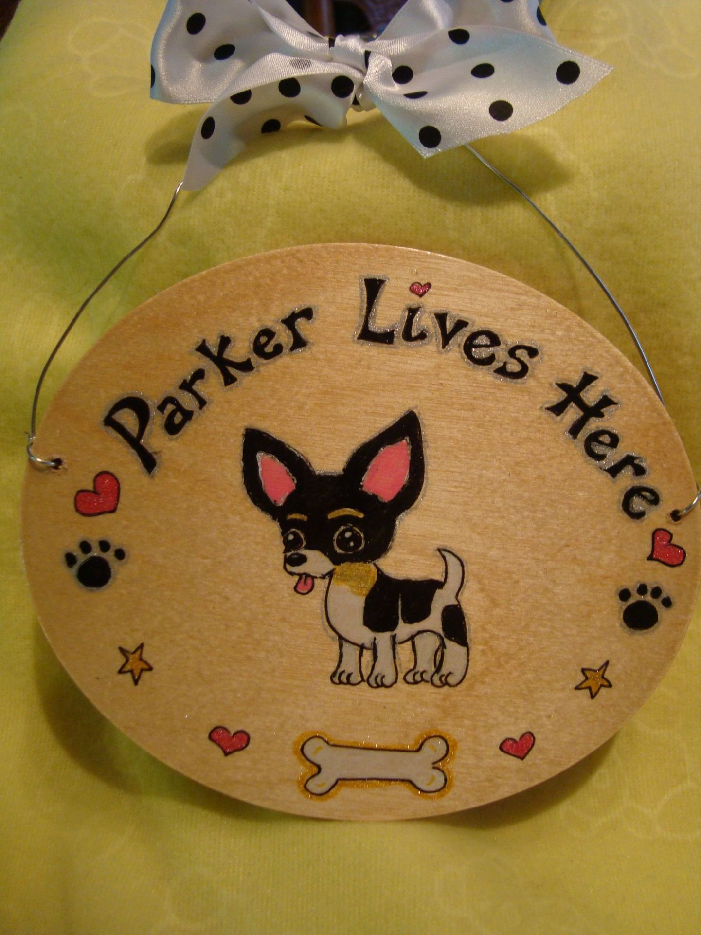 Handmade Wooden Pet Gift Dog Bed Sign CHIHUAHUA Breed Personalised Dog Plaque